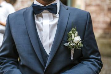 grooms bow tie