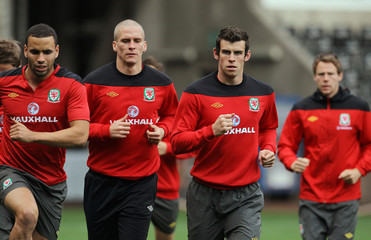 Wales Press Conference & Training