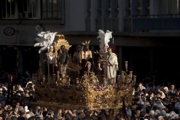 Fototapete - paso de misterio de la hermandad de San Benito, semana santa de Sevilla