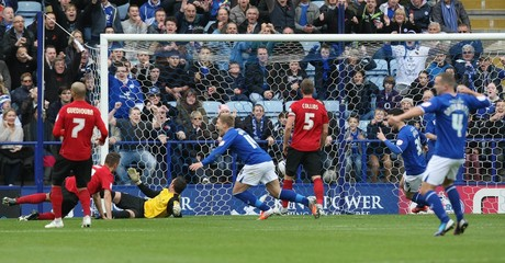 Leicester City v Nottingham Forest - npower Football League Championship