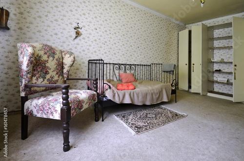 altes schlafzimmer\