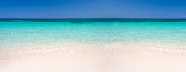 Poster Caraïben Sand and caribbean sea panoramic background, summer and travel concept