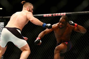 MMA: UFC 196-Anderson vs Lawlor