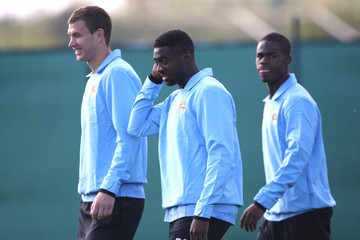 Manchester City Press Conference & Training