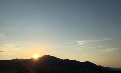 alba sul monte Fasce