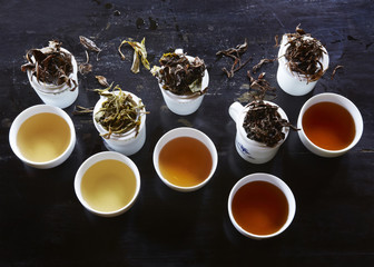 Specialist tea leaves and cups