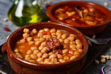 spanish potaje de garbanzos and callos