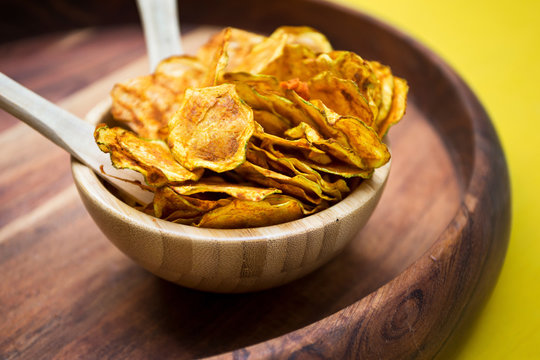 Bowl of zucchini healthy chips