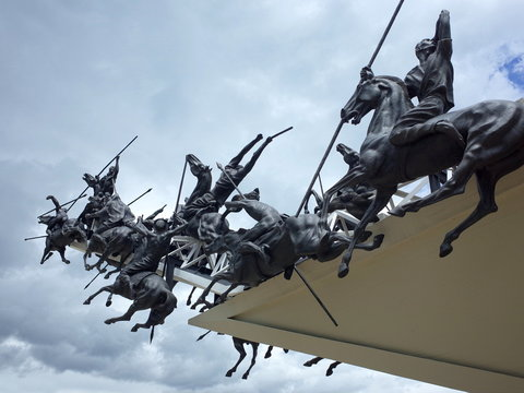 The Pantano de Vargas monument remembers the decisive victory over the Spanish which secured Colombian Independence with the help of the British Legion