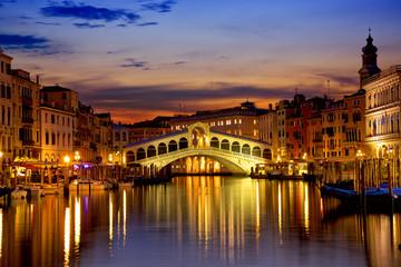 Wschód słońca nad kanałem grande w Wenecja, Włochy