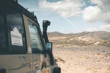 SUV in the Desert - Fuerteventura