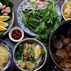 Vietnam food, egg noodle soup with wontons