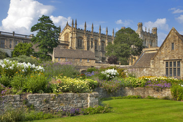 Christ Church Cathedral, College and memorial gardens, Oxford, Oxfordshire, England, United Kingdom, Western Europe.
