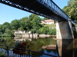 Il ponte sul fiume Vézère