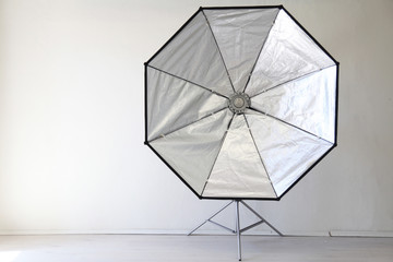 Flash on a white background in the Photo Studio equipment