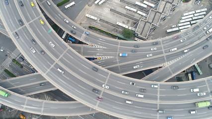 中国 上海 チャイナマネー 高速道路 高架道路 ドライブ 曲線美