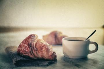 Canvas Prints Coffee beans café croissant