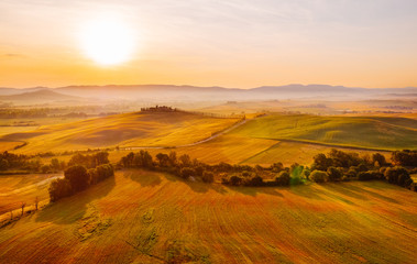 Tuinposter Ochtendgloren Gorgeous Toscana landscape at sunrise