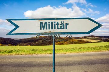Schild 251 - Militär