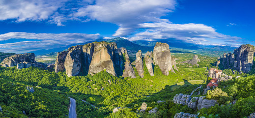 Wall Mural - Landscape with monasteries and rock formations in Meteora, Greece.