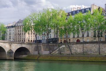 Paris, quai de Bourbon on the Seine, and the pont Marie
