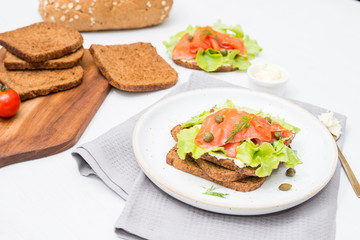 Sandwich smoked salmon