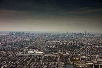 New York, Brooklyn und Manhattan Skyline - Luftbild