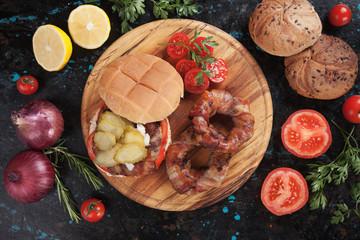 Bacon rings sandwich