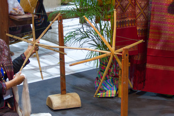 People are spinning Silk threads