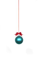 Weihnachtskugel türkis mit Schleife Freisteller
