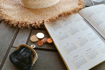 Planning cheap vacation. Budget on traveling