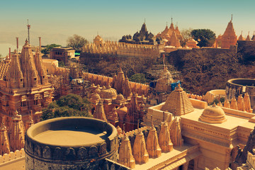 Foto auf Leinwand Tempel Jain temple complex on top of Shatrunjaya hill. Palitana (Bhavnagar district), Gujarat, India