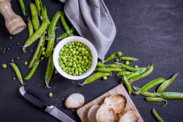 Cooking of a dish from a pea
