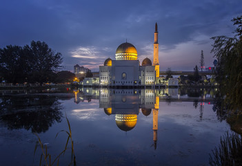 mosque at blue hour