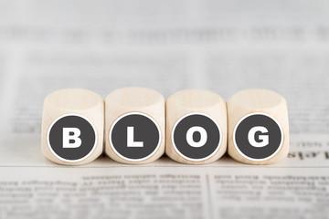 """Würfel bilden das Wort """"Blog"""""""