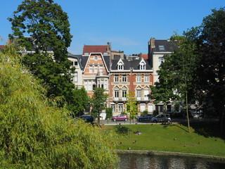 Grünes Brüssel: Alte Stadtvillen am Park
