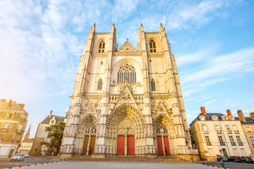 Sunset view on the saint Pierre cathedral in Nantes city in France Fototapete