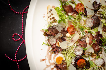 Mix salad with liver