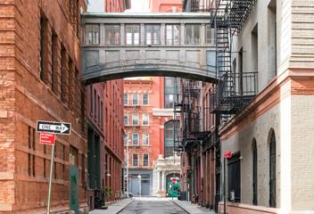 Fond de hotte en verre imprimé New York City Hidden alley scene on Staple Street in the historic Tribeca area of Manhattan, New York City