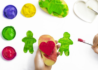 play painting with potatoe stamps