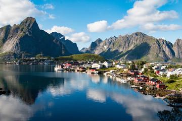 Foto op Plexiglas Kust Reine fishing village in Lofoten, Norway
