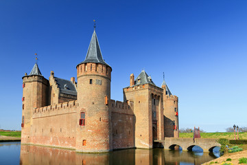 The Muiderslot with moat in Muiden, The Netherlands Fototapete