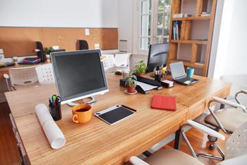 Coworking Space mit Arbeitsplätzen