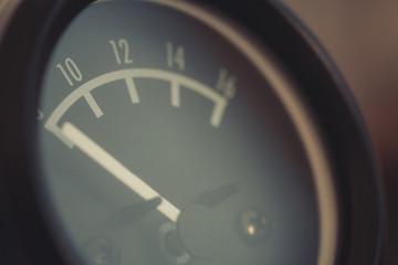 Analog car volt meter