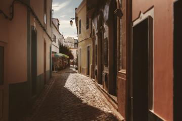 In den Straßen von Ferragudo, Portugal
