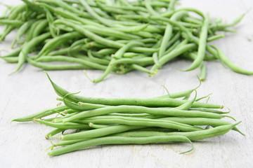 récolte d'haricots verts du jardin bio,en été