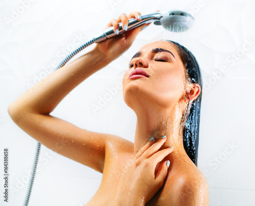 Sexy taking a shower, one girl tree boys porn