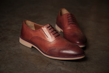 Male style shoes