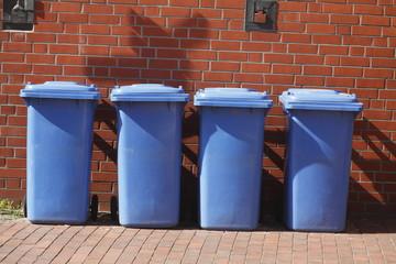 Blaue Tonnen, Wertstofftonne für Papierabfall