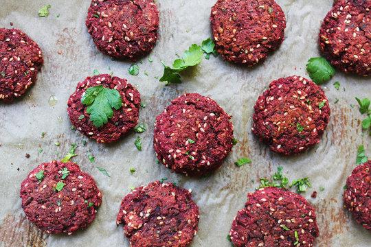 beetroot vegan burger